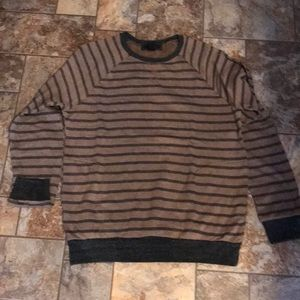 Men's striped sweatshirt